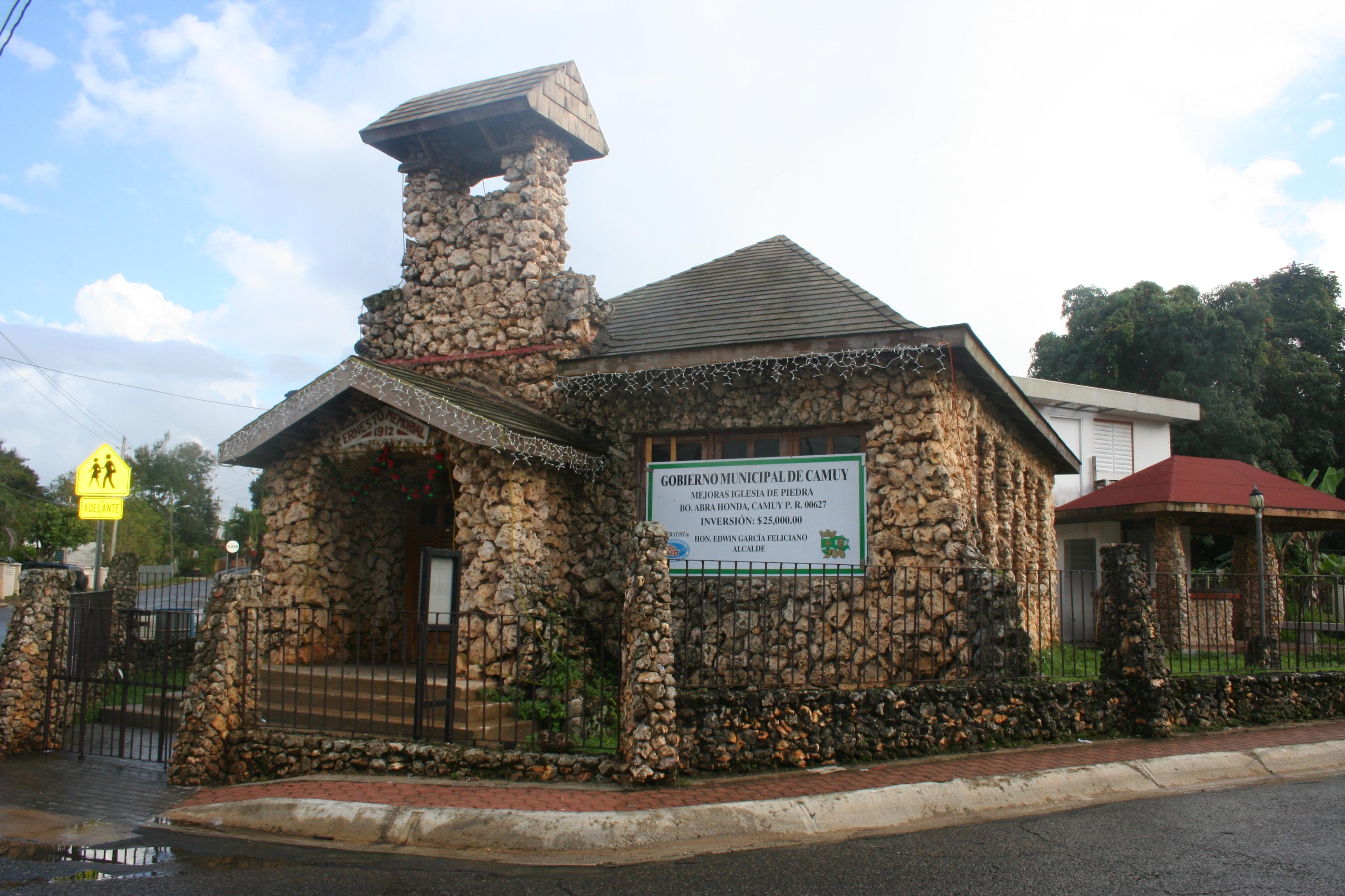 Honda El Monte >> Iglesia de Piedra